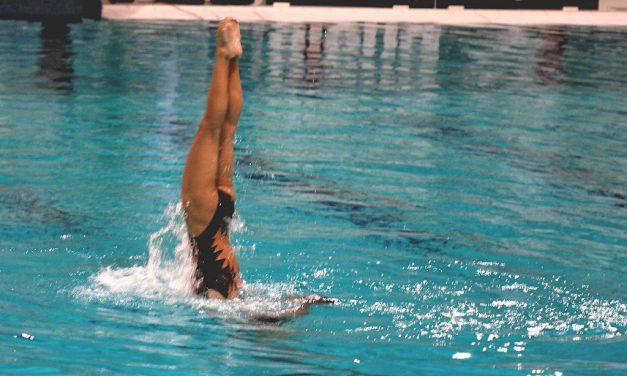Nadine en Marijke zwemmen prima technische kür