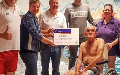Afdeling Dol-fijn ontvangt van Rabobank Regio Den Haag een cheque van € 2.000,00
